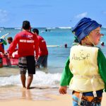 Volunteering at the beach with travel2change