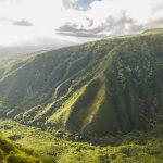 Hiking and volunteering in Hawaii
